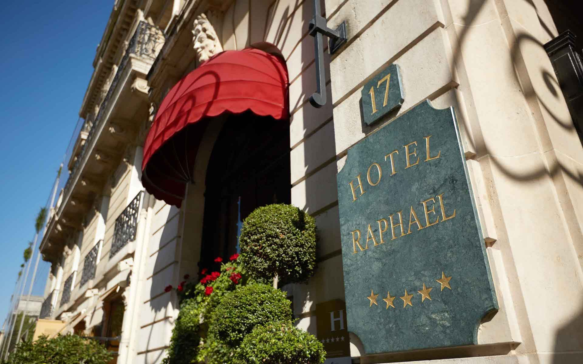 hotel paris 16th