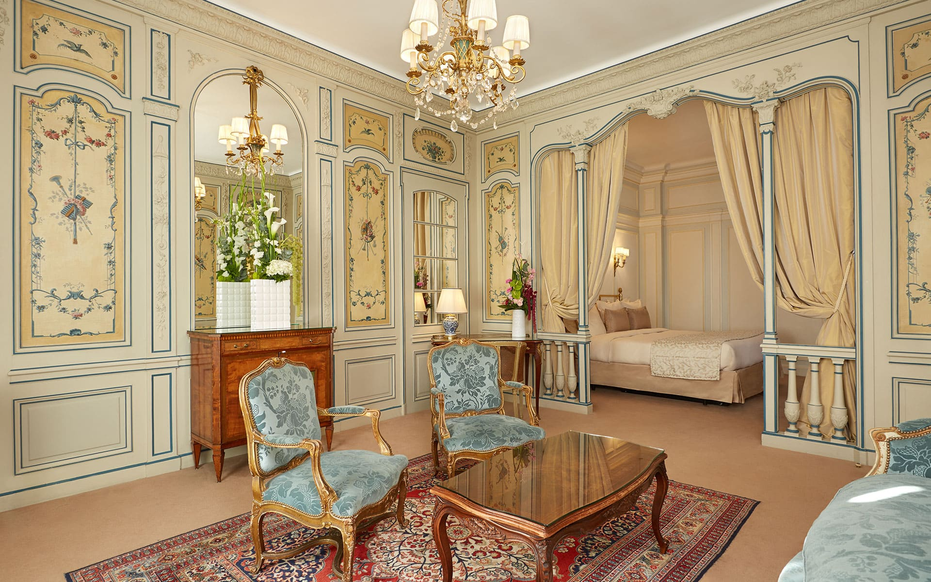 Hotel Raphael Paris Junior Suite