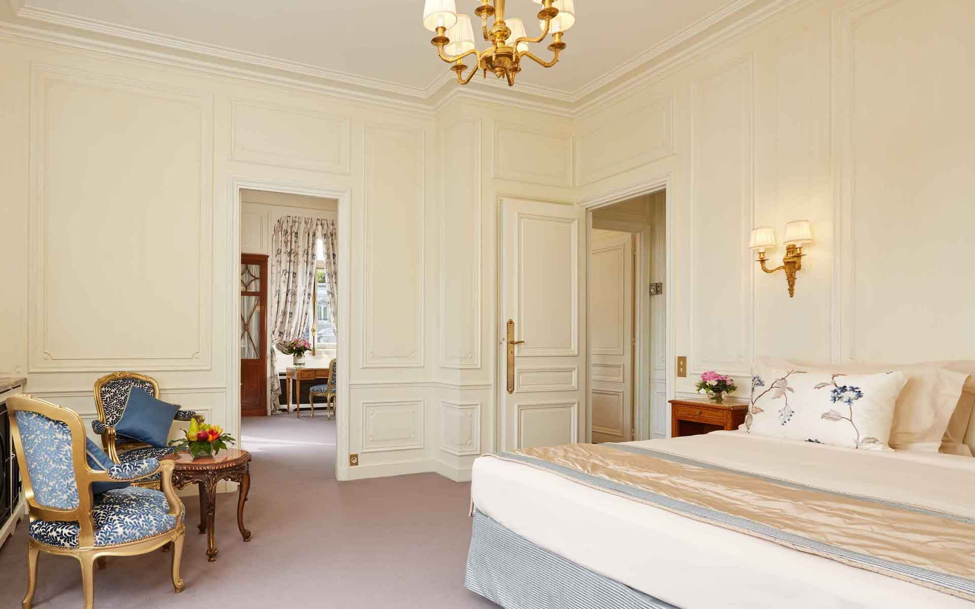 Hotel Raphael Paris Eiffel tower terrace suite